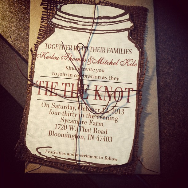 40 invites/ 40 Thank you cards Mason Jar with burlap*** Special ***